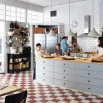 Too many chefs do not always spoil the broth. Let the invitees cook with you for a change - IKEA Qatar
